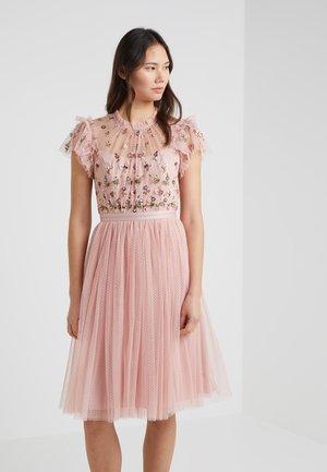 ROCOCO BODICE DRESS - Koktejlové šaty/ šaty na párty - pink