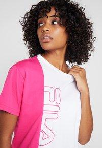 Fila - TEE - T-shirt con stampa - beetroot purple/bright white - 3