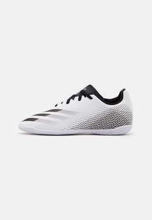 X GHOSTED.4 FOOTBALL SHOES INDOOR UNISEX - Halové fotbalové kopačky - footwear white/core black/silver metallic