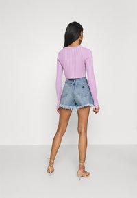 Abrand Jeans - A VENICE - Denim shorts - april - 2