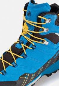 Mammut - KENTO GUIDE HIGH GTX MEN - Chaussures de montagne - dark gentian-freesia - 5