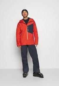 Patagonia - SNOWDRIFTER - Ski jacket - hot ember - 1