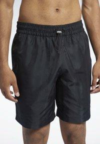 Reebok Classic - CLASSICS - Shorts - black - 3