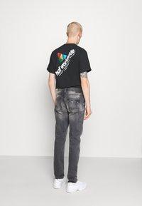 Blend - SCRATCHES - Slim fit jeans - denim grey - 2
