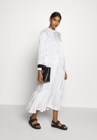 Résumé - TALA DRESS - Kjole - white - 1