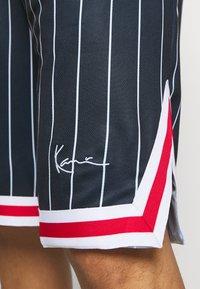 Karl Kani - SMALL SIGNATURE - Shorts - navy - 4
