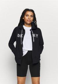 DKNY - TRACK LOGO ZIP HOODI - Zip-up hoodie - black - 0