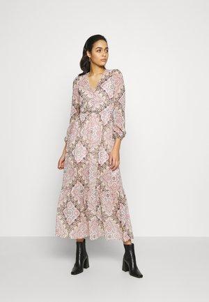 PAISLEY SCARF PRINT DRESS - Kasdienė suknelė - multi