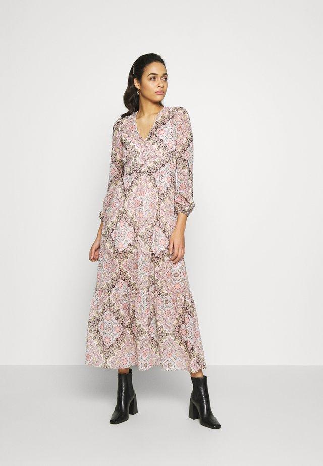 PAISLEY SCARF PRINT DRESS - Sukienka letnia - multi