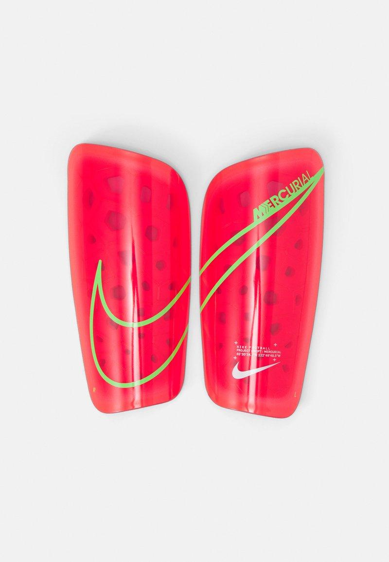 Nike Performance - MERCURIAL LITE - Shin pads - bright crimson/rage green/silver