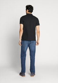 GANT - CONTRAST COLLAR RUGGER - Polo shirt - black - 2