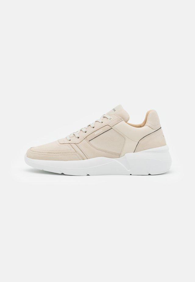 ROQUE ROAD - Sneakers - beige