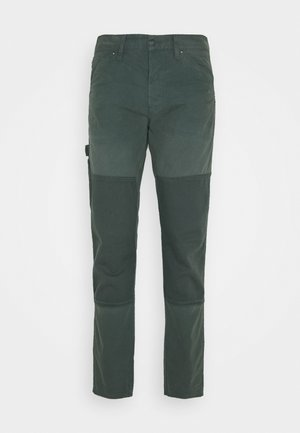 FAEROES CLASSIC STRAIGHT TAPERED PM - Trousers - balsam