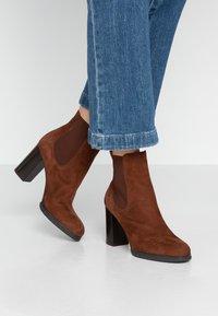 PERLATO - Classic ankle boots - cognac - 0