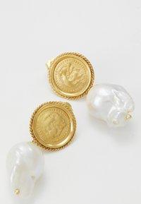 Hermina Athens - HERCULES LOST SEA PIN EARRINGS - Earrings - gold - 4