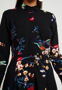 Mavi - PRINTED DRESS - Skjortekjole - black - 6