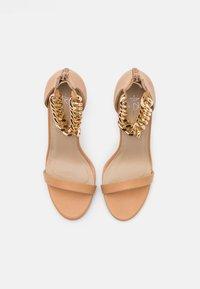 4th & Reckless - TEIGAN REMY - Sandály na vysokém podpatku - nude - 5