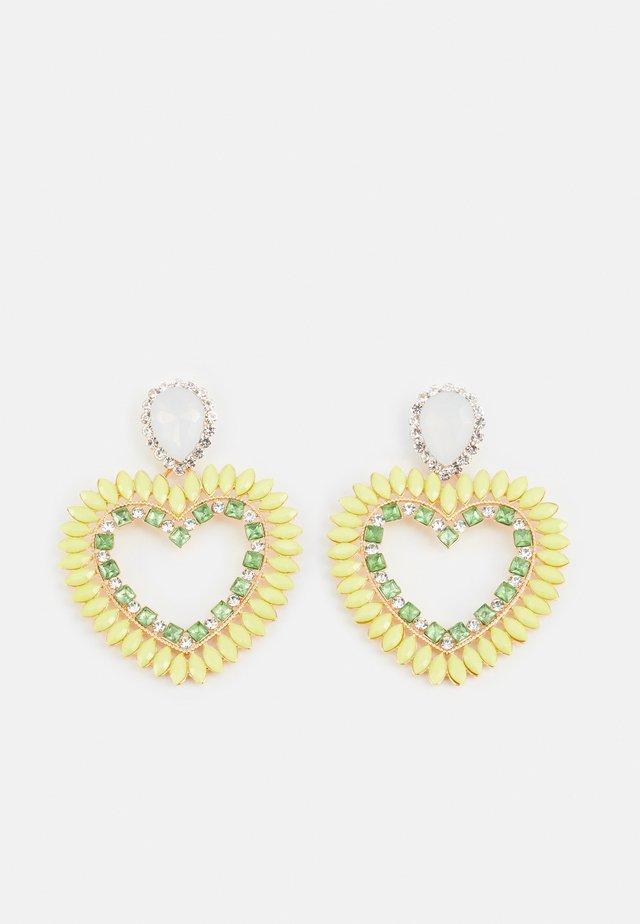FGHEARTINIA EARRINGS - Örhänge - gold-coloured/multi