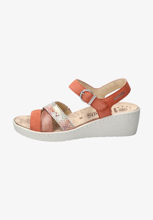 PIETRA - Wedge sandals - braun