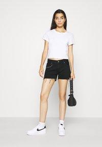 Pepe Jeans - THRASHER  - Denim shorts - dark blue - 1