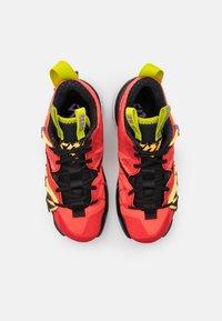 Jordan - WHY NOT ZER0.3 SE UNISEX - Basketbalové boty - bright crimson/black/universe red/white/bright cactus/citron pulse - 3