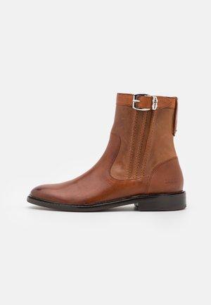 SALLY 85 - Kotníkové boty - brown