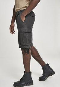 Brandit - VINTAGE  - Shorts - black - 3
