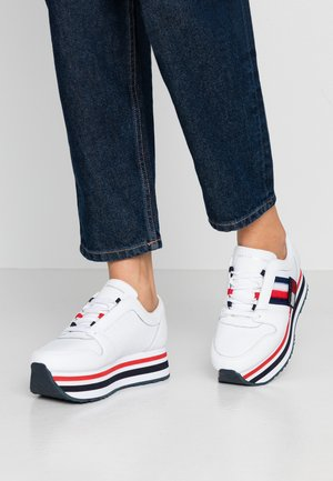 TOMMY CUSTOMIZE FLATFORM SNEAKER - Trainers - white
