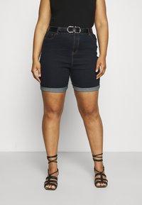 CAPSULE by Simply Be - PLUS - Denim shorts - vintage indigo - 0