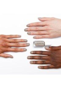Essie - EXPRESSIE - Nail polish - 360 binge worthy - 2