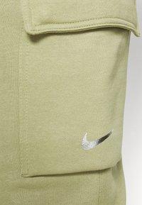 Nike Sportswear - PANT  - Pantaloni sportivi - medium khaki - 6