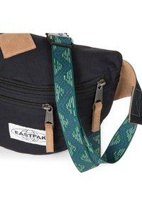 Eastpak - BUNDEL - Bum bag - intonativeblack - 5