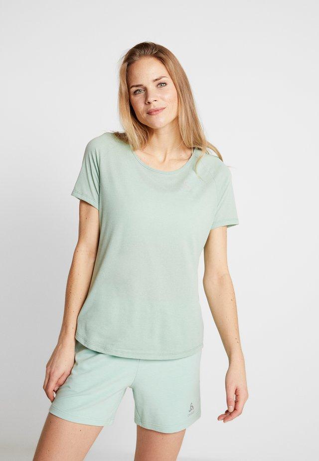 CREW NECK MILLENNIUM ELEMENT - Sports shirt - creme de menthe melange