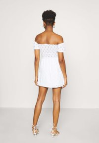 Nly by Nelly - BRODERIE SMOCK DRESS - Jersey dress - white - 2