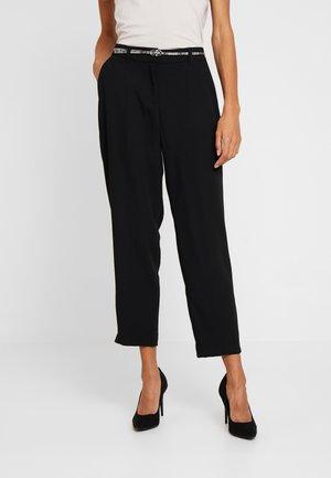 Trousers - forever black
