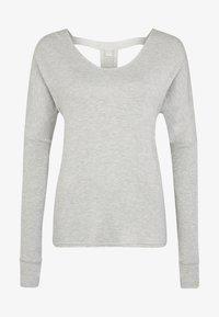 Bench - MIT TIEFEM RÜCKENAUSSCHNITT - Long sleeved top - grau-meliert - 6
