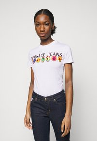 Versace Jeans Couture - TEE - Print T-shirt - optical white - 0