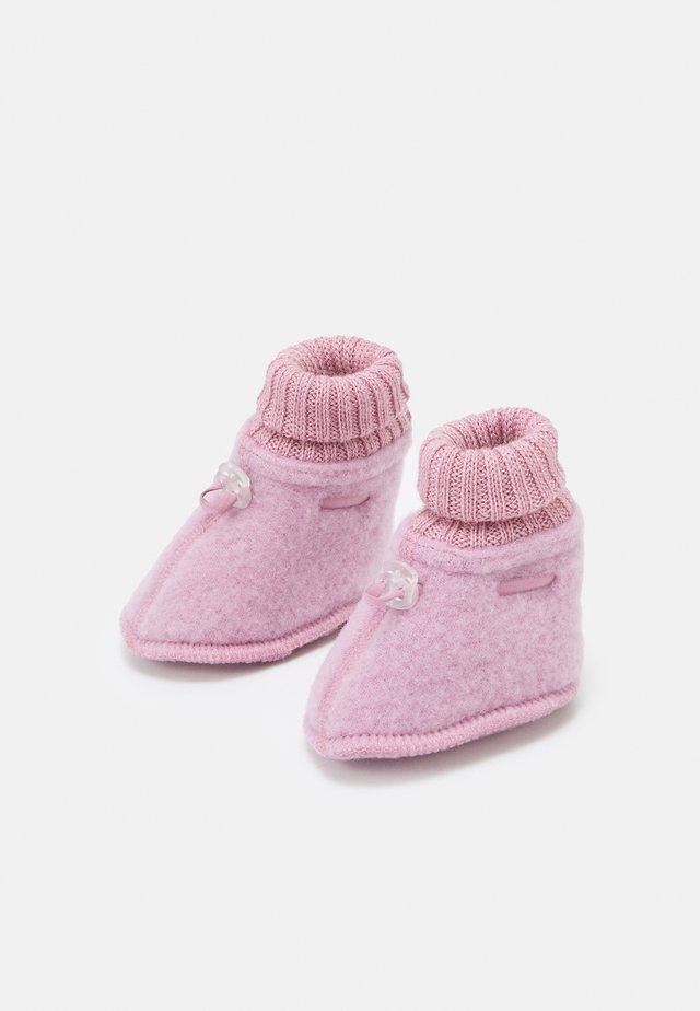 BOOTIES UNISEX - Socks - rose