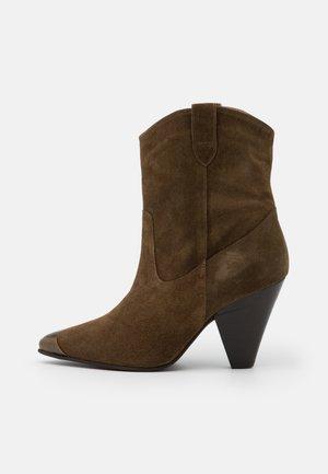 BIADEVI ANKLE BOOT - Cowboy/biker ankle boot - khaki