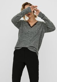 Vero Moda - VMIVA  - Jumper - medium grey melange - 4