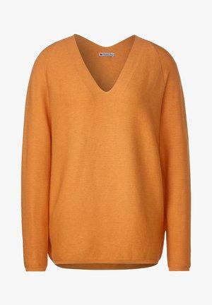 MIT RIPPSTRUKTUR - Jumper - orange