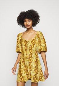 Faithfull the brand - MARTINE MINI DRESS - Denní šaty - dark yellow - 0