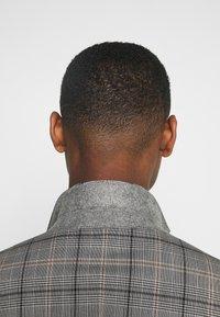 Esprit Collection - CHECK - Oblek - grey - 6