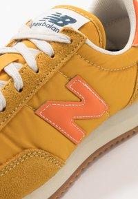 New Balance - 720 - Baskets basses - yellow/orange - 5