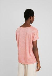 Mos Mosh - KAY TEE - Print T-shirt - sugar coral - 2
