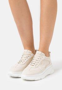 Copenhagen - CPH60 - Sneakers laag - beige - 0