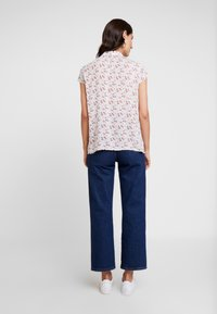 edc by Esprit - NEW BABULA - Blus - off white - 2