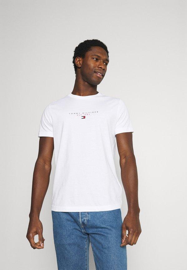 Tommy Hilfiger ESSENTIAL - T-shirt z nadrukiem - white/biały Odzież Męska VCTI