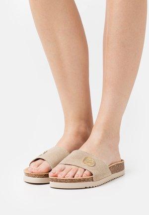 ROUND BUC - Sandaler - beige