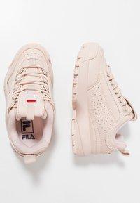 Fila - DISRUPTOR - Sneakers basse - peach whip - 0